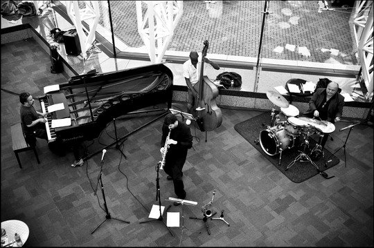 Champagne Jazz Trio & Quartet