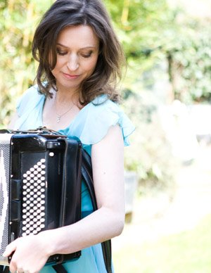 Colette - Solo Accordion Player