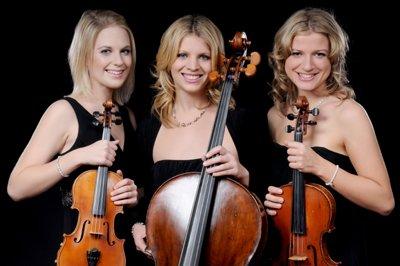 Rococo String Quartet playing for Katie Melua European Tour