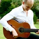Charlie – Pop, Jazz , Spanish, Classical & Guitarist