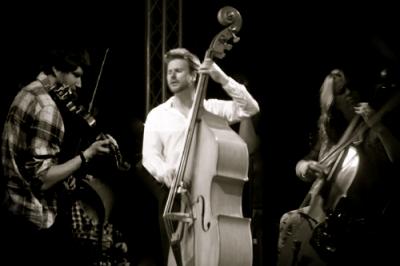 Off Beat Jazz String Trio & Quartet