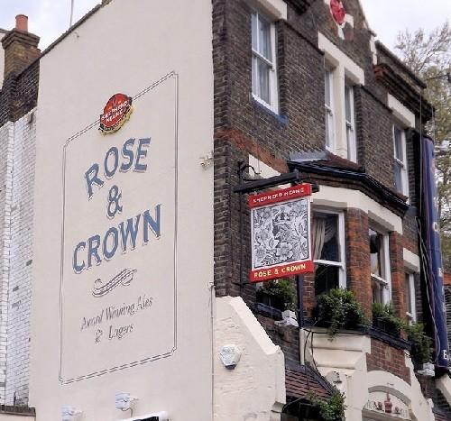 Rose & Crown Live Music Venue In London