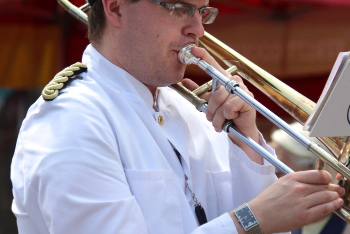 Solo-Brass-Player (2)