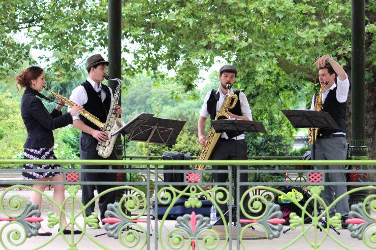brass-buskers-london