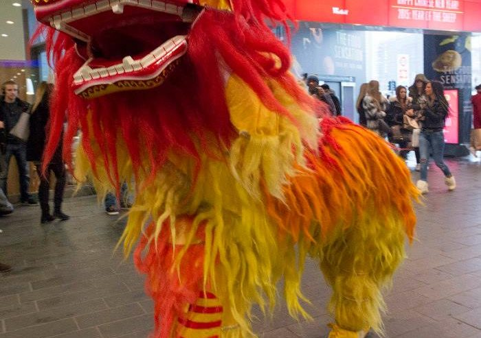 Guan-Yin-Chinese-Lion-Dancers