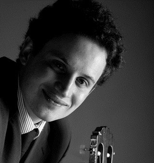 Solo classical guitarist for weddings, recitals  and corporate events