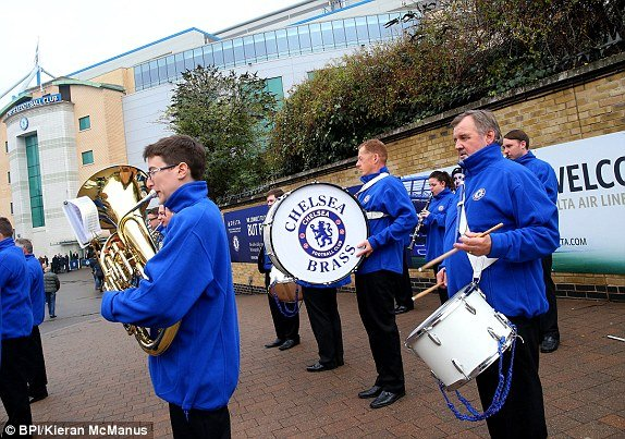 Chelsea-Brass-Band-StamfordBridge-Game-WBA