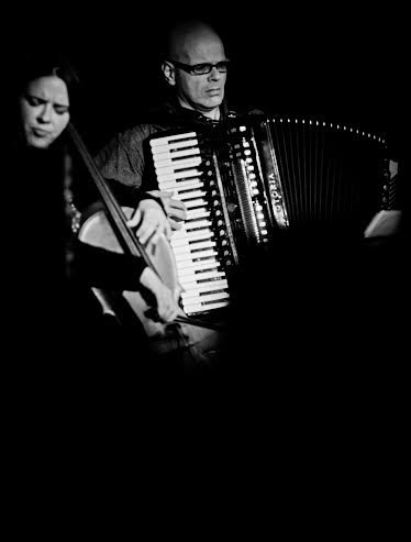 The Swingers Accordionist & Cellist Duo for hire in London