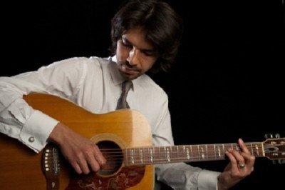 Solo Vocalist & Contemporary Guitarist