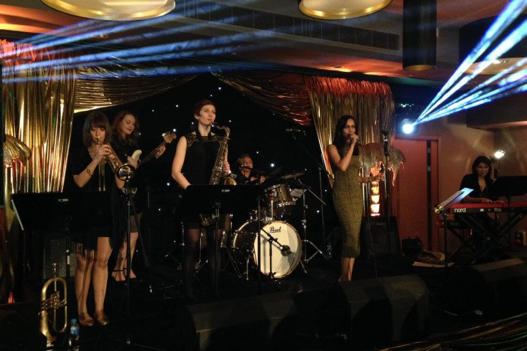 Quintet-All-Girls-Jazz-Swing-Band8