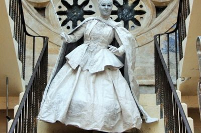 The Snow Queen Human Statues