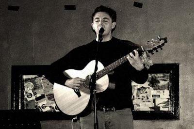 Hire A Solo Acoustic Guitarist & Vocalist in London - Music for London