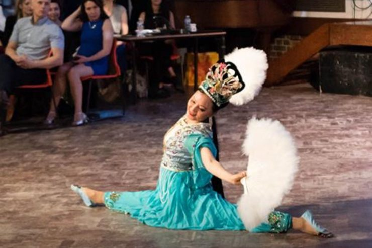 Hire-Chinese-Fan-Dancer-London