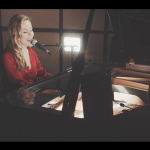 Book A Versatile Female Pianist Vocalist London - Music for London